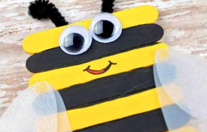 Ice lolly stick bee
