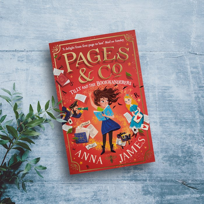 Tilly and the Bookwanderers front cover - Anna James.jpg