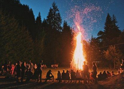 bonfire_night.jpg