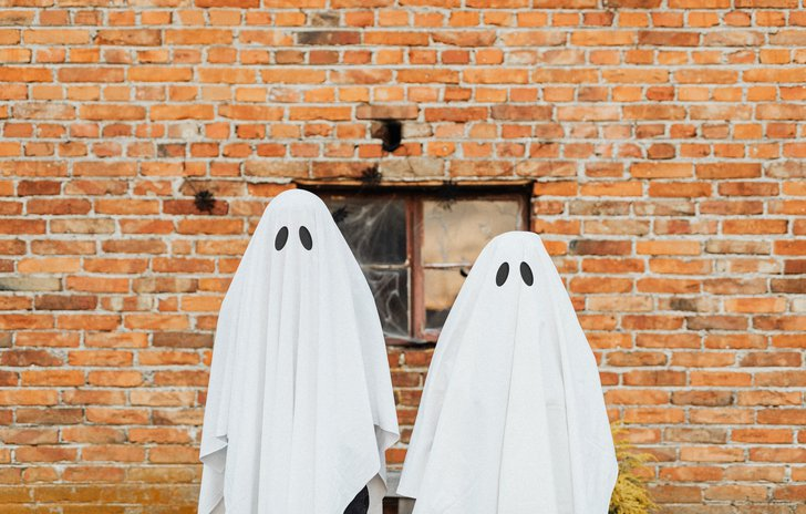 Ghosts at Halloween